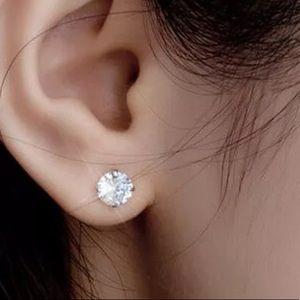 6 prong stud earrings